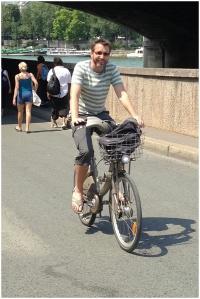 Step 7 - Bike along Seine