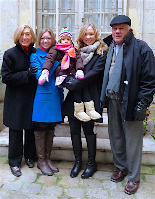 5 years ago while we were on sabbatical in France, Melinda's parents, Dwight & Michele, along with her sister, Brenda, her husband, Greg, and their daughter, Perrin, met us in Paris for a family vacation. In the spirit of it being Michele's birthday yesterday, I present her, and the rest of us, with this photographic remembrance.