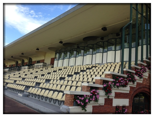 Look at that grandstand!